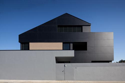Agudela-House-1