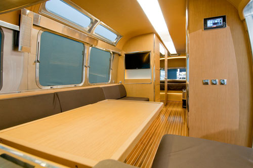 Airstream-Land-Yacht-5