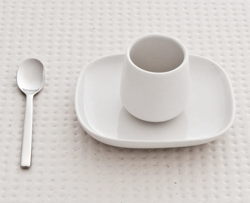 ovale flatware by ronan and erwan bouroullec for alessi design milk. Black Bedroom Furniture Sets. Home Design Ideas
