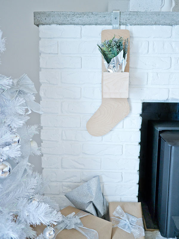 Holiday-plywood-stocking