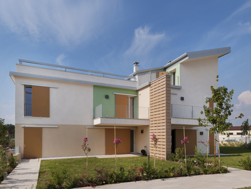 Eco-Friendly Housing Complex by Alberto Apostoli