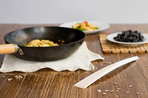 cooking-utensils-set-minimalist