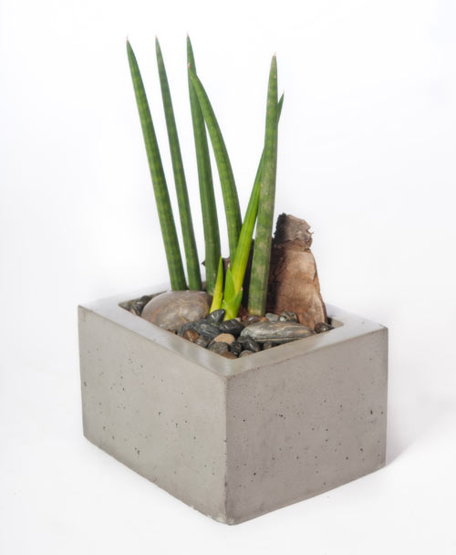 kevin-wood-modern-Planter-square