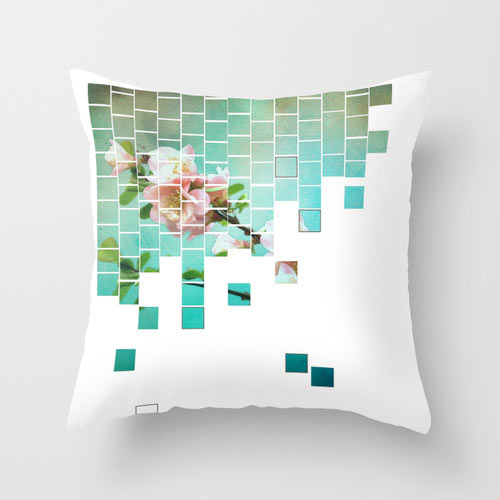 s6-puzzle-flower-pillow
