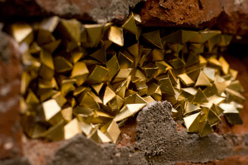 8-paige-smith-street-art-installation-urban-geode-detail