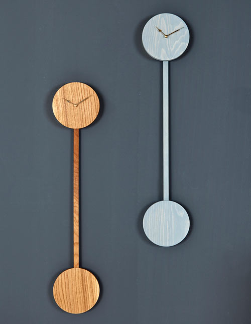 Modern Pendulum Clock: ZWILLING by Christian Kim