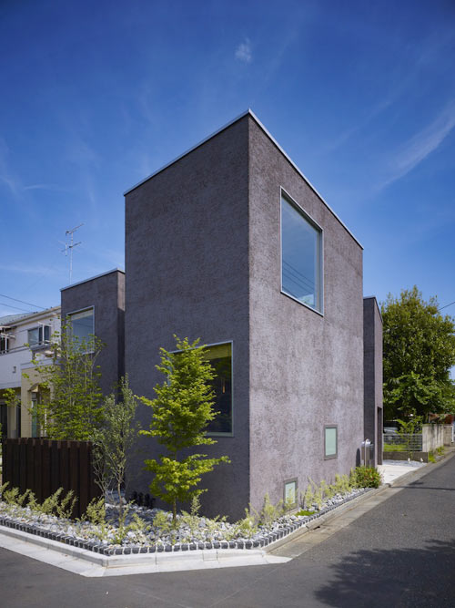 Smart Use of Space: Ogikubo House by MDS