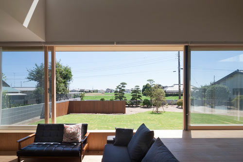Sliding Door House By Naoi Architecture Design Office Design Milk