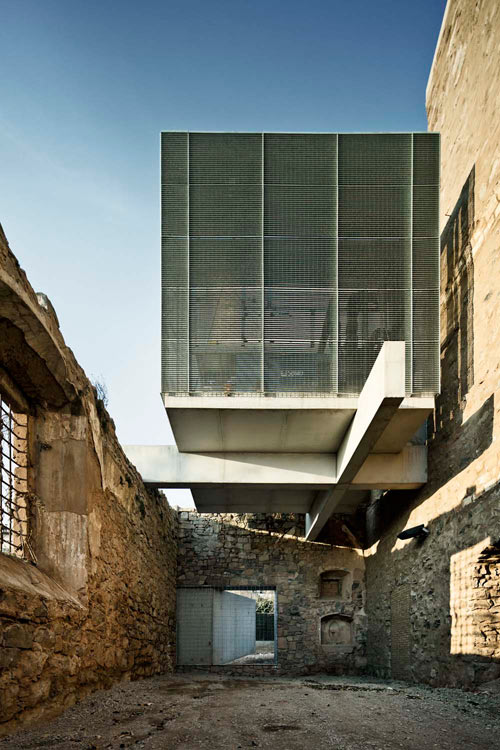OldMeetsNew in Modern Renovation of An Old Church Design Milk