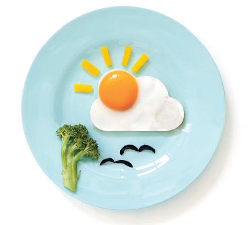Sunny Landscapes for Breakfast: SunnySide Egg Shaper by Avihai Shurin