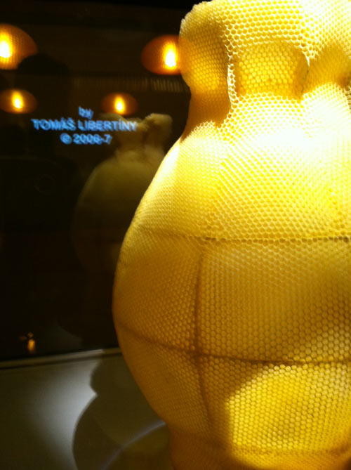beehive-honeycomb-vase-tomas-libertiny