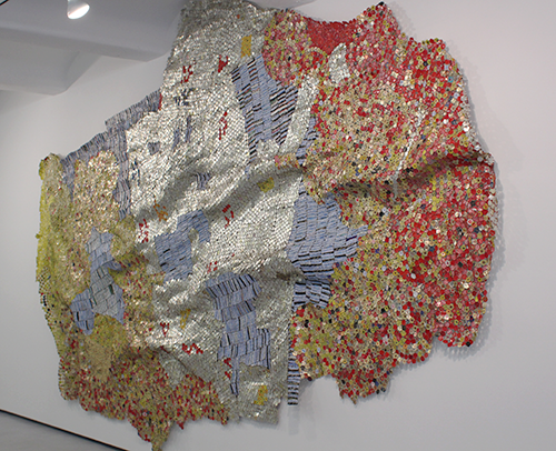 Tapestries of Trash by El Anatsui in art  Category