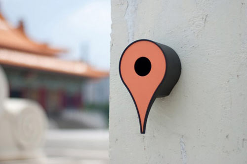 Google Maps Inspired Birdhouse Tells Birds Where Home Is