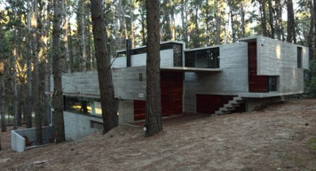 A Concrete House With Many Levels by BAK Arquitectos