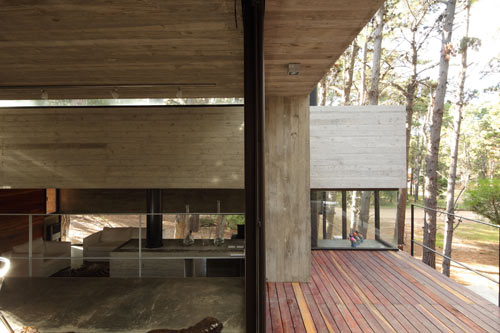 modern-concrete-house-many-levels-inside-out