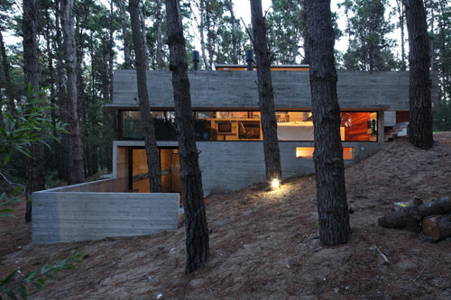 modern-concrete-house-multiple-levels-3
