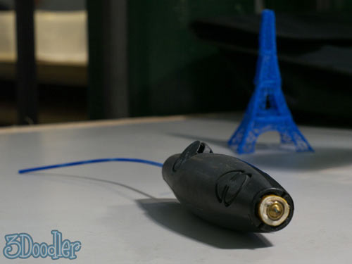 3D Pen Lets You Doodle Right off the Page and Into the Air