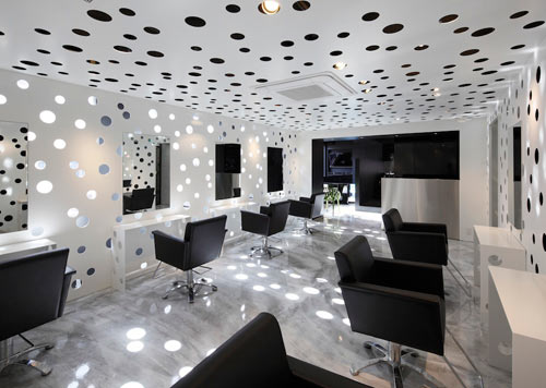 Perforated Beauty Salon by Yasunari Tsukada Design
