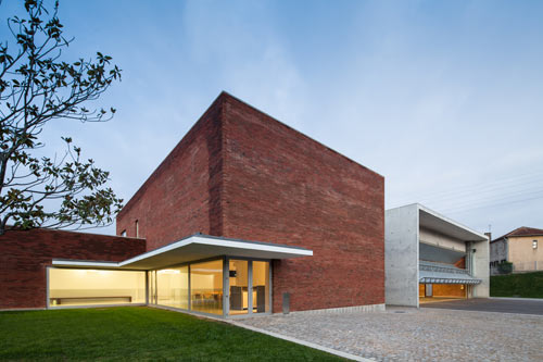Modern Fire Station in Portugal by Álvaro Siza Vieira