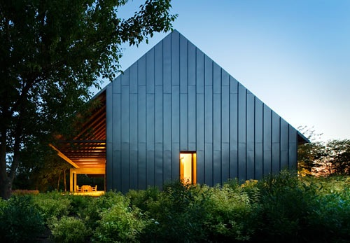 Architectural Inspiration: 12 Modern Houses with Black Exteriors