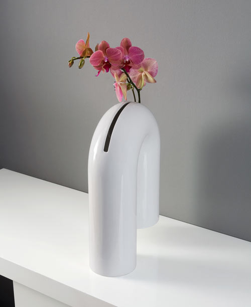 Shaky: A Sculptural Vase from Enzyma in main home furnishings  Category