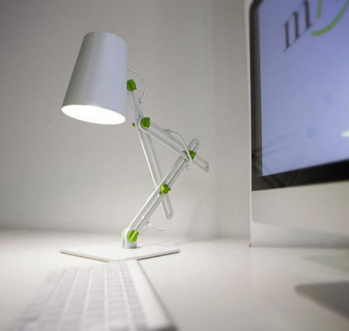 MANTRA-Looker-Lamp-3