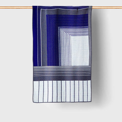 Tabula-Rasa-Isoline-12-Travel-Blanket