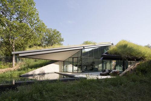 edgeland-residence-4-overgrown-bercy-chen-studio