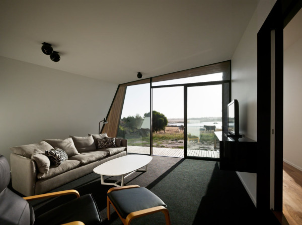 BKK-12-Beached-House-Retreat-Room-Peter-Bennetts