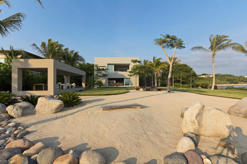 An Atypical Mexican Beach House: Casa La Punta by Elías Rizo Arquitectos in main architecture  Category