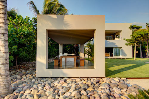 An Atypical Mexican Beach House Casa La Punta Design Milk