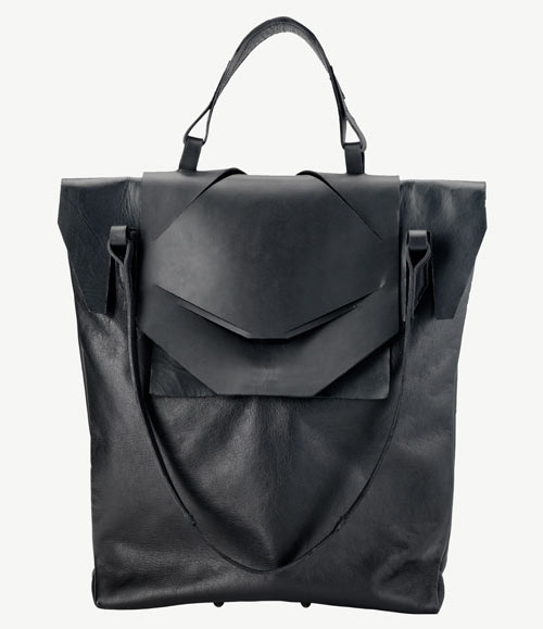 Loosen – Phase 1: Leather Bags from Linda Sieto
