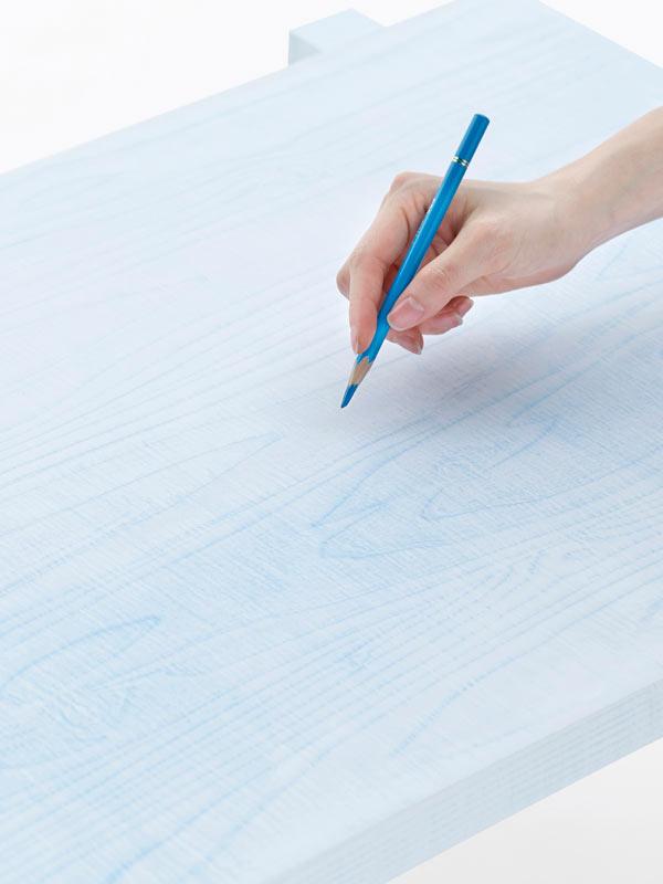 Nendo-colored-pencil_tables07