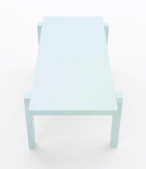 Nendo-colored-pencil_tables10