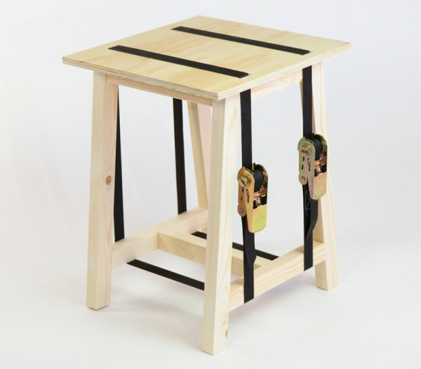 Seats-and-Stripes-bram-stijn-7-Stool