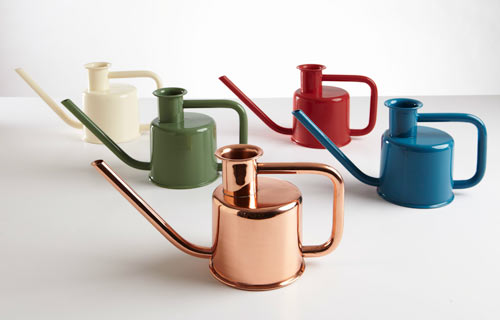 modern-watering-can-paul-loebach-kontextur