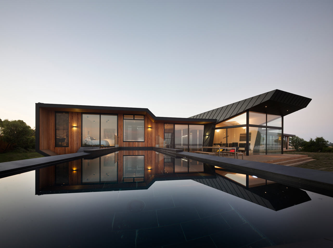 BKK-01-Beached-House-North-Facade-Peter-Bennetts