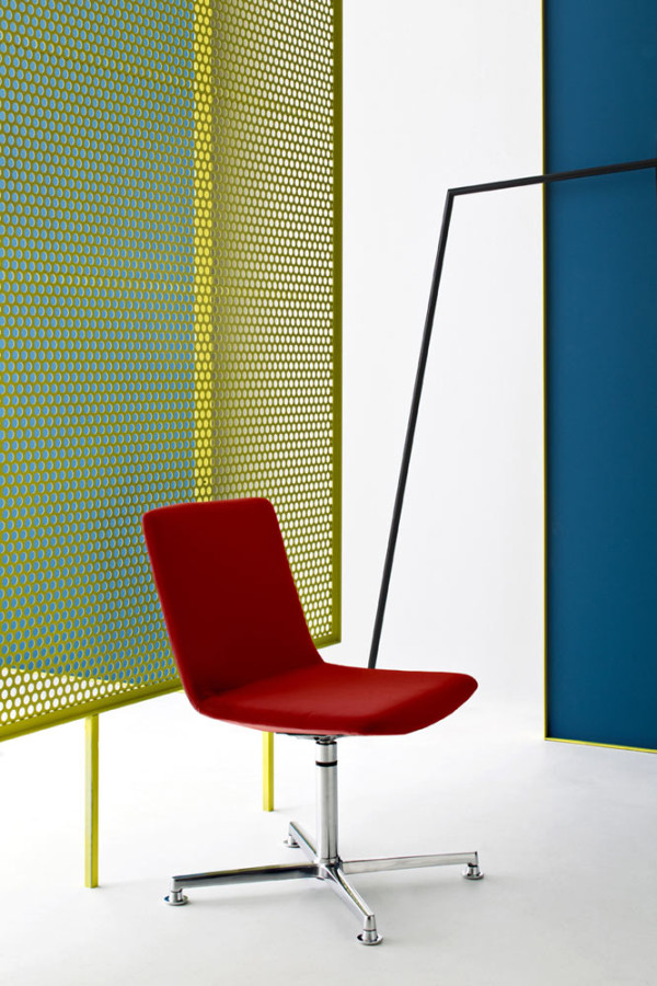 Castelli-18-Nidus-Chair