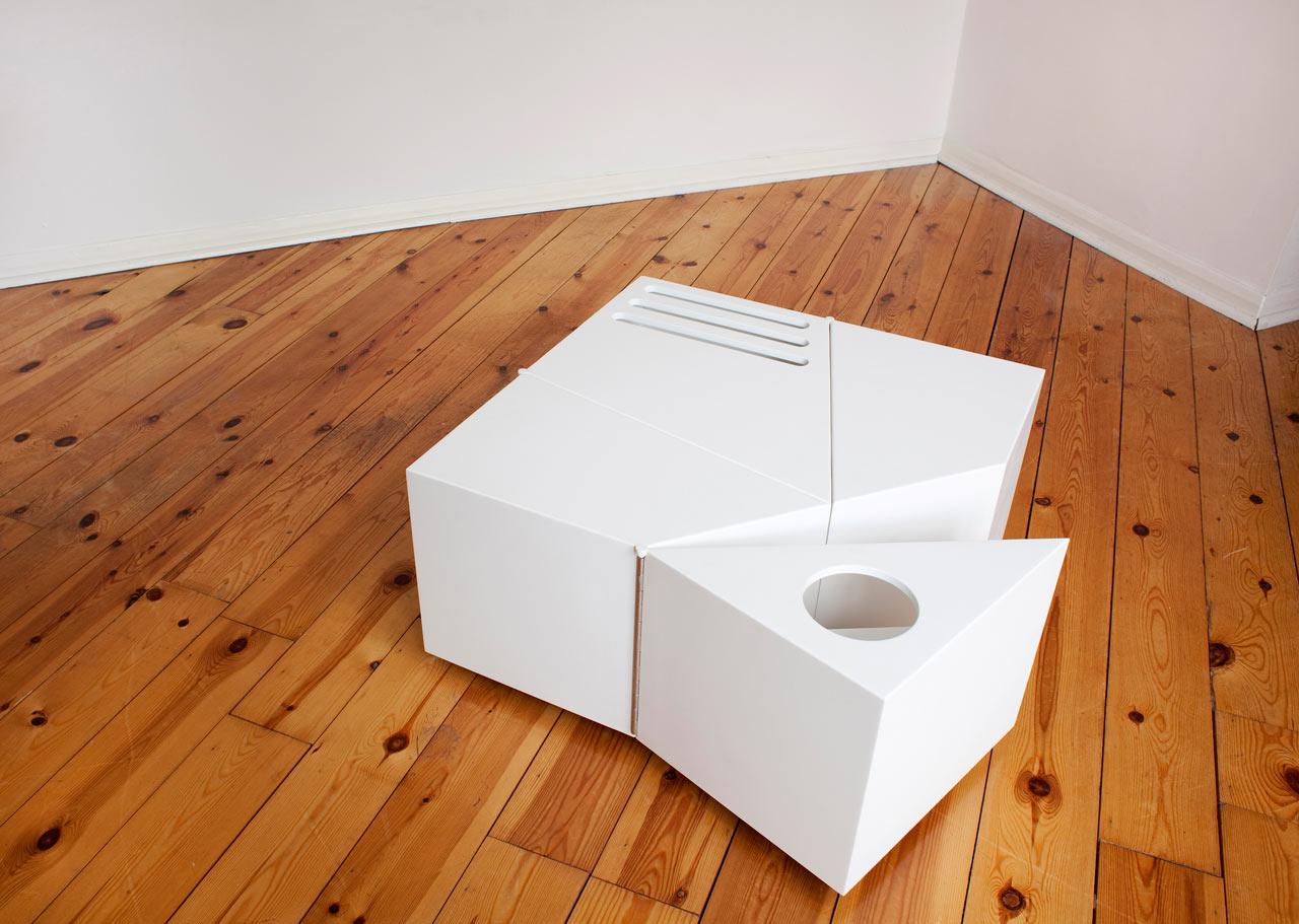 D-Haus-D-Table-2a