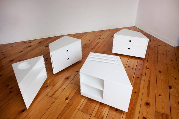 D-Haus-D-Table-5