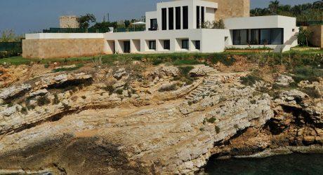 Fidar Beach House by Raëd Abillama Architects