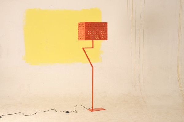 FridayProject-flamingo-lamp3
