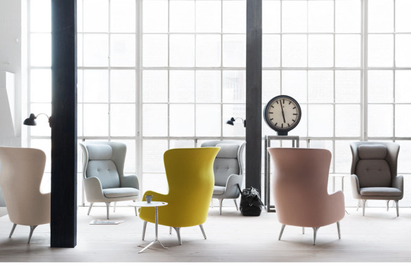 Ro: An Easy Chair by Jaime Hayon for Fritz Hansen in main home furnishings  Category