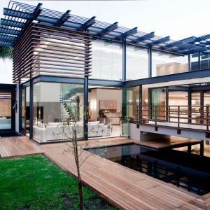 Stunning Luxury Home by Nico van der Meulen Architects