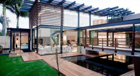 Stunning Luxury Home by Nico van der Meulen Architects