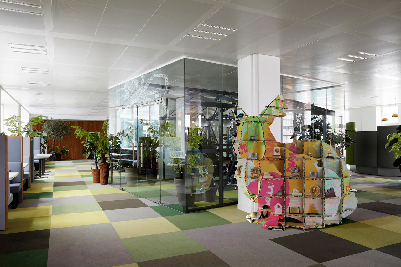 JWT-Amsterdam-Office-12-Greenhouse