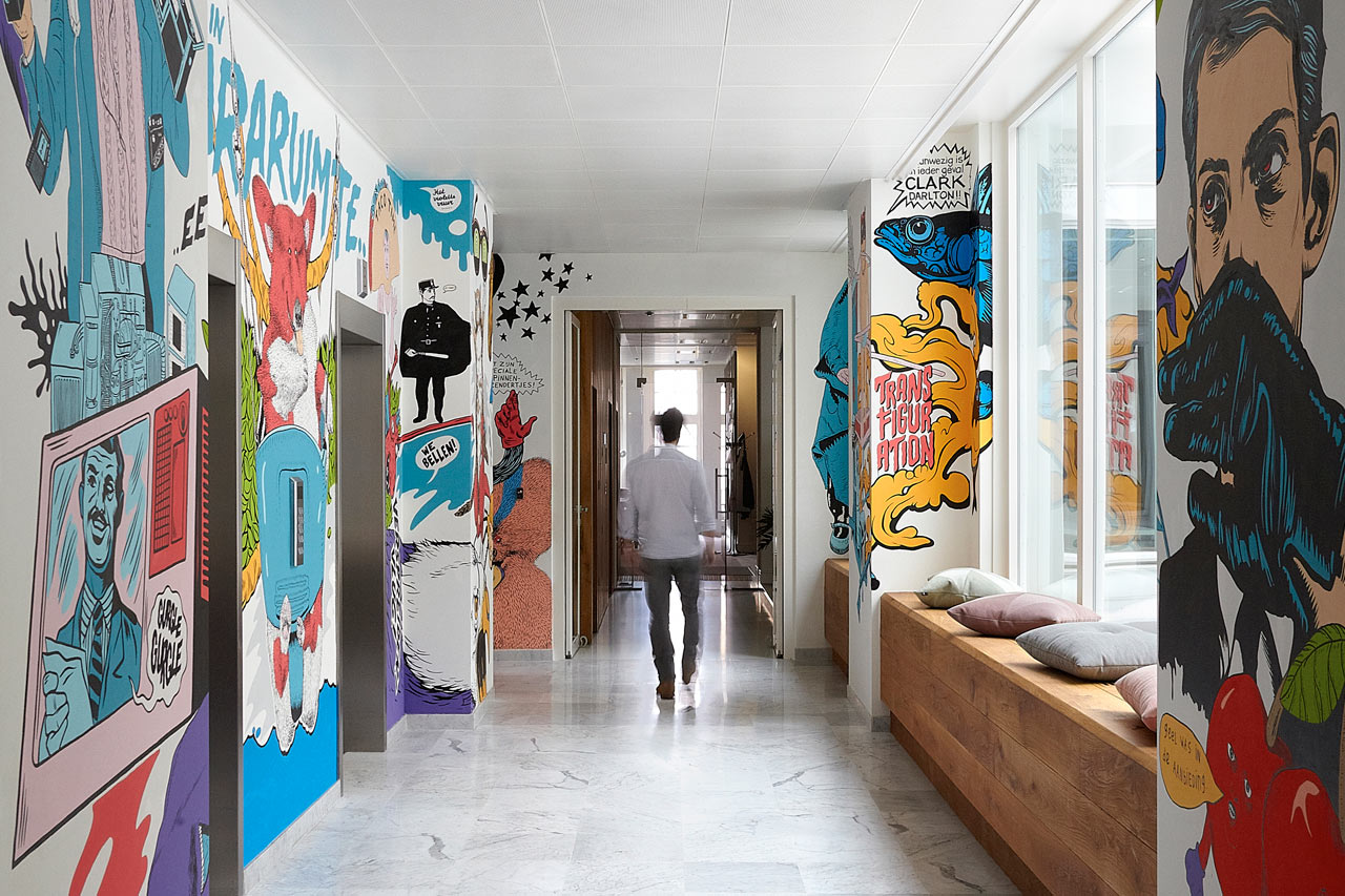 JWT-Amsterdam-Office-8-Hallway