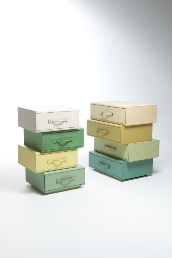 Maarten-De-Ceulaer-Suitcases-furniture-chest-drawers-apart
