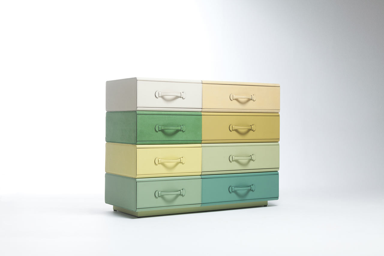 Maarten-De-Ceulaer-Suitcases-furniture-chest-drawers-together