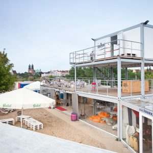 Shipping Containers for Community: KontenerART 2012